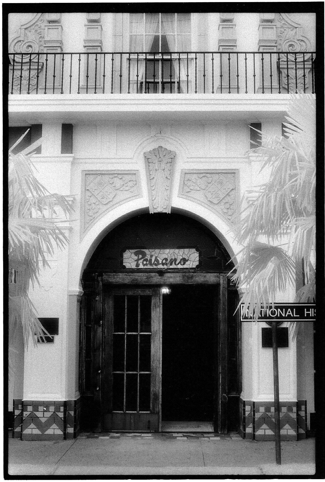 Paisano Hotel